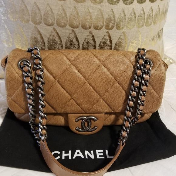 0e2036a5f844 CHANEL Handbags - CHANEL Coco Casual Shoulder Bag